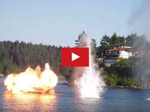 VIDEO - Au Canada, 3 avions attaquent un bateau de pêche et le coulent