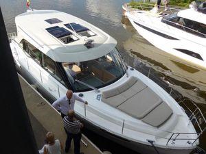 SCOOP - Bavaria E40, idéal pour le fluvial... mais au prix fort !