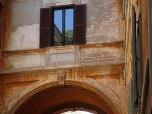 Palazzo dei Santi Apostoli (2,3,4,5)