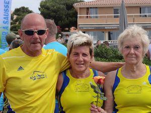 YVONNE F une nouvelle fois à l'honneur à SAUSSET LES PINS entourées par LOUIS et ALAN