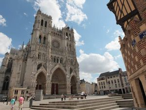 www.cathedrale-amiens.images-en-somme.fr