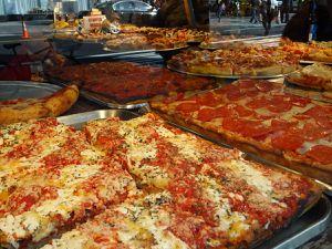 Magasins New-Yorkais (M&m's, disney-store, magasin de bonbon géant, pizzas à l'américaine