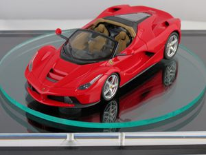 Ferrari Laferrari Spider enfin révélée
