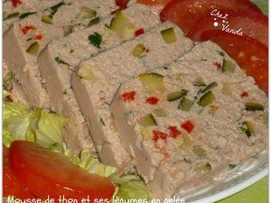mousse de thon et ses legumes en gelée