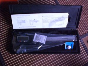 LCD Digitaler Messschieber Schieblehre 150mm +Inch +Etui Caliper im Test...