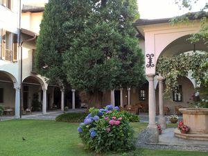 Groupe 2 : Notre hôtel. Alessandro Volta. Lac de Côme.