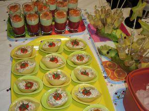 lus élaborées, les conchiglies farcies au deux saumons et les verrines tomates,concombre,saumon fumé