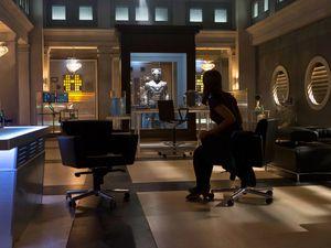 Clara, le Doctor, un Cybermen et Danny. Une bataille semble inévitable ! (c.a.s.i.)