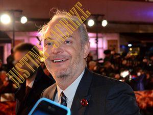 Le réalisateur Francis Lawrence est arrivé le premier !