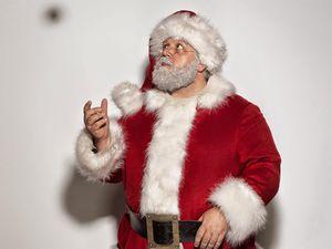 Papa Noël croise la route du Doctor ! Ça promet d'être un sacré folklore !