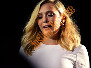 Elizabeth Olsen descend les marches du CID !