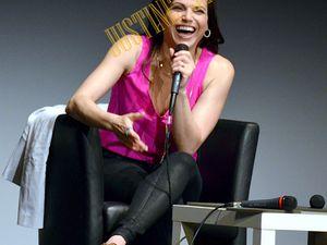 Lana Parrilla ensorcelle ses Fans avec son sourire d'enfer !