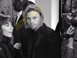 Michael Pitt, photos et selfies, bof...signatures en revanche, ouiii !