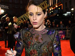 Claire Foy, jolie Actrice, jolie robe !