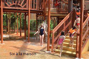 Aqua Mundo , picsine du Center Parcs Lac d'Aillette Arbre à eau , espace enfants