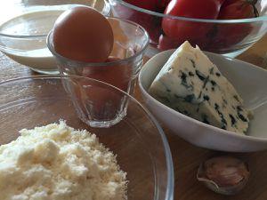 Tarte fine tomates &amp&#x3B; roquefort