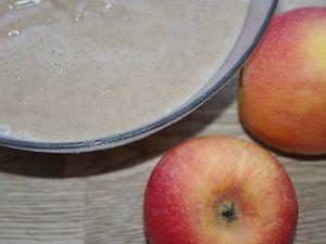 Tarte aux pommes et cannelle poivrée