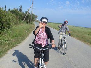 On loue 2 vélos supplémentaires pour 4 jours pour graviter autour de trilofo