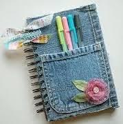 Agenda et carnet customisés avec poches en jeans et broderie