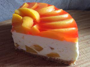 Le gâteau qui se prenait pour un cheesecake aux pêches ( simplissime inside !).
