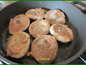 ffarine, carotte, celeri, jarret en tranche,ail , bouquet garni, double concentré de tomates, oignons, vin blanc,bouillon de poule tiède, bof, farinez, faire prendre couleur, réservez