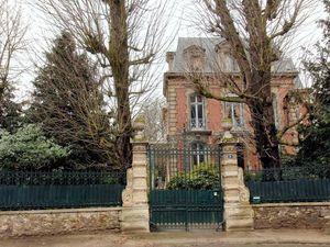 une autre famille milliardaire à Saint-Cloud