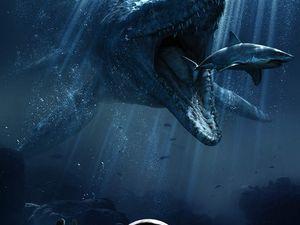 Jurassic World, deux affiches et une bande annonce !