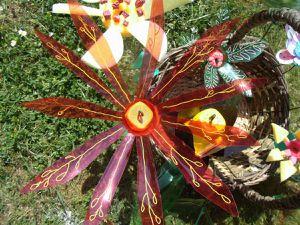 Atelier &quot&#x3B;fleurs de récup&quot&#x3B; dans les rues de Meaux.