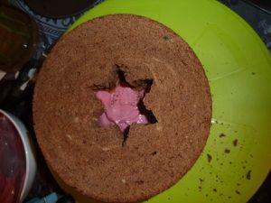 Gâteau chocolat-framboise chapeau Stitch