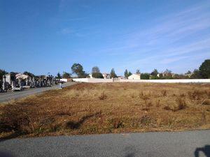 Le nouveau cimetière de Saint-Pardoux brûlé au Napalm (bio?)