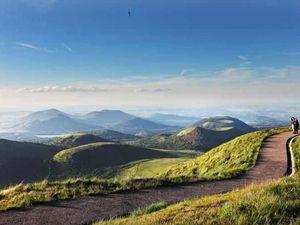 Allez , dites le ! Ben oui, l'Auvergne est magnifique ....On vous attend !