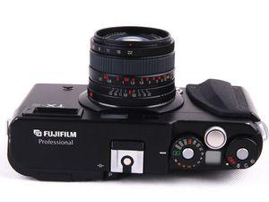 Fuji TX-2  (cliquez pour agrandir).