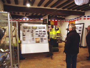 """Le vendredi 5 décembre, les panneaux composant l'exposition """"Harfleur 14-18, Route des Alliés"""" sont revenus de la médiathèque de Gonfreville-l'Orcher."""