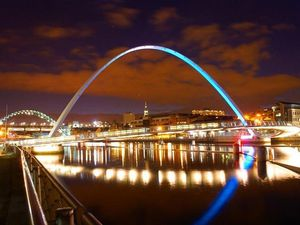 Gateshead_millenium_bridge