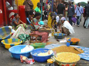 Des commerces à Kinshasa