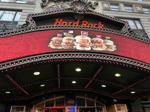 L'intérieur du Hard Rock Café de New York