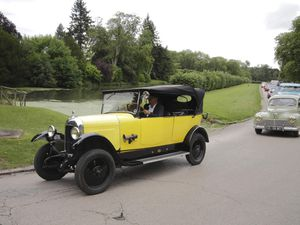 Rallye de voitures anciennes dans la région de Rambouillet dimanche 19 JUIN 2016