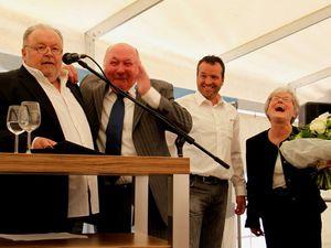 Ende einer 39jährigen Ära bei der Würzburger Pflasterbau in Veitshöchheim - Helmut Schätzlein feierte groß seinen Eintritt in den Ruhestand - Landrat hat höchsten Respekt vor seiner Lebensleistung