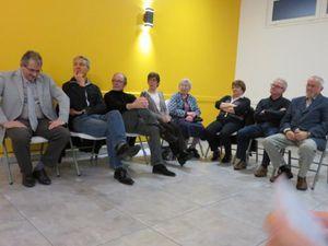 Maurice Leroy et Philippe Mercier (en haut) &#x3B; le conseil municipal de Tréhet, Jean-Marie Janssen et Pascal Brindeau
