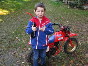 Théo est passionné par la moto
