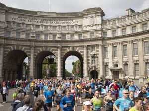 BUPA Westminster Mile 2015 (3^ ed.). David Weir infrange il record del Miglio su wheelchair