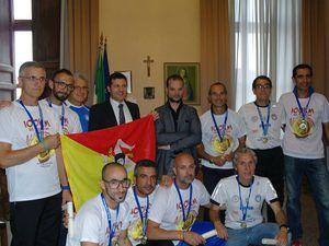 100 km del Passatore 2015 (43^ ed.). Si è distinto un nutrito gruppo di Siciliani, appartenenti alla ASD &quot&#x3B;No al Doping e alla Droga&quot&#x3B; di Ragusa