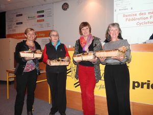 Marie-France avec les responsables des Commissions des féminines bretonnes.