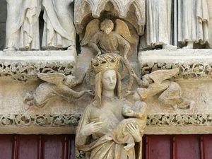 La vierge dorée et la madone franque.