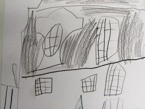 l'hôtel Gabriel et le rhinocéros (à l'extérieur) par Anaïs 6 ans