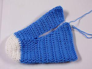 Pantoufles adultes style cash converse crochet