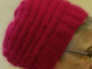 Ça y est nous sommes arrivees à confectionner 50  bonnets ! Encore un petit effort d ici Noël nous en aurons 50 de plus
