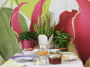 Urban Jungle Bloggers - planty table setting
