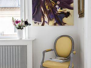 Couleurs et douceur dans un appartement suédois