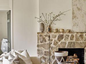 Détails ethniques dans une maison au style classique